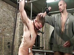 Sadism & masochism Victim queer guy corded pulverized 2 schwule jungs