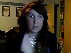 Plumper Crossdresser Peels off Jerks Finishes off