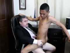 Dad arrives at the office and he is experiencing  ultra-kinky