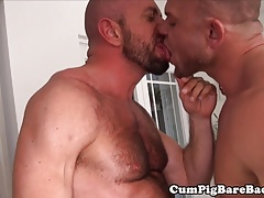 Without a condom analized hairy man gets it raunchy