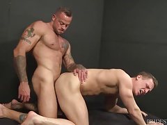 Beefy Fellow Sean Duran's Ample Jizz-shotgun Hook-up