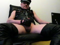 Juha Vantanen,finnish leather homo jizzes