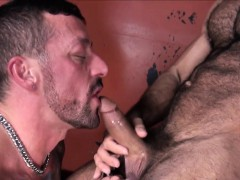 Doggystyled hold to drilled unconnected with wolfs dong